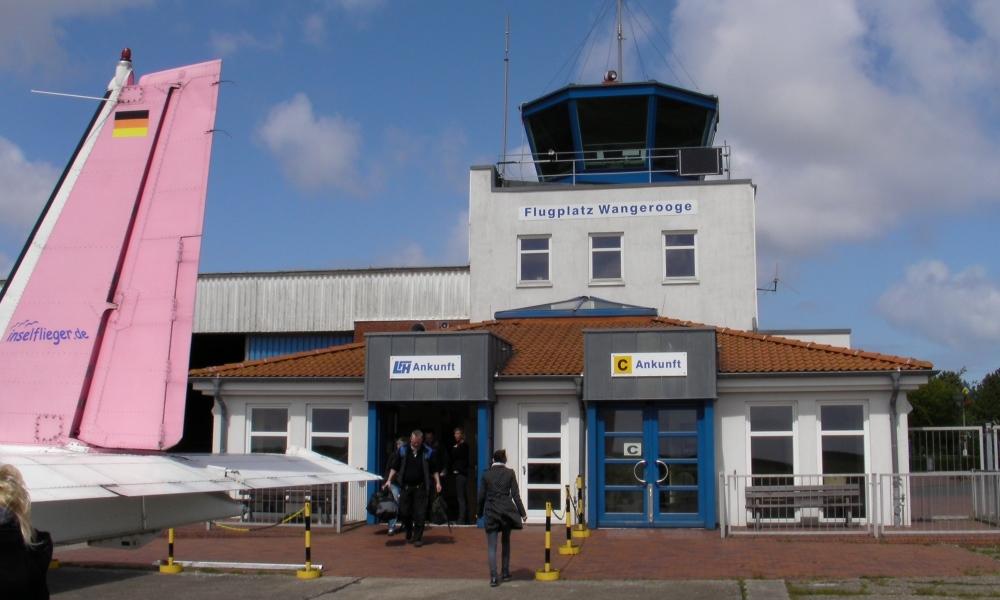 Flugplatzgebäude auf Wangerooge
